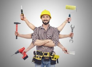 Handyman-with-tools-000061421328_XXXLarge