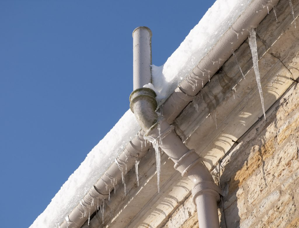 How to prevent pipes in your home from freezing