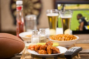 How to host a football party in small spaces