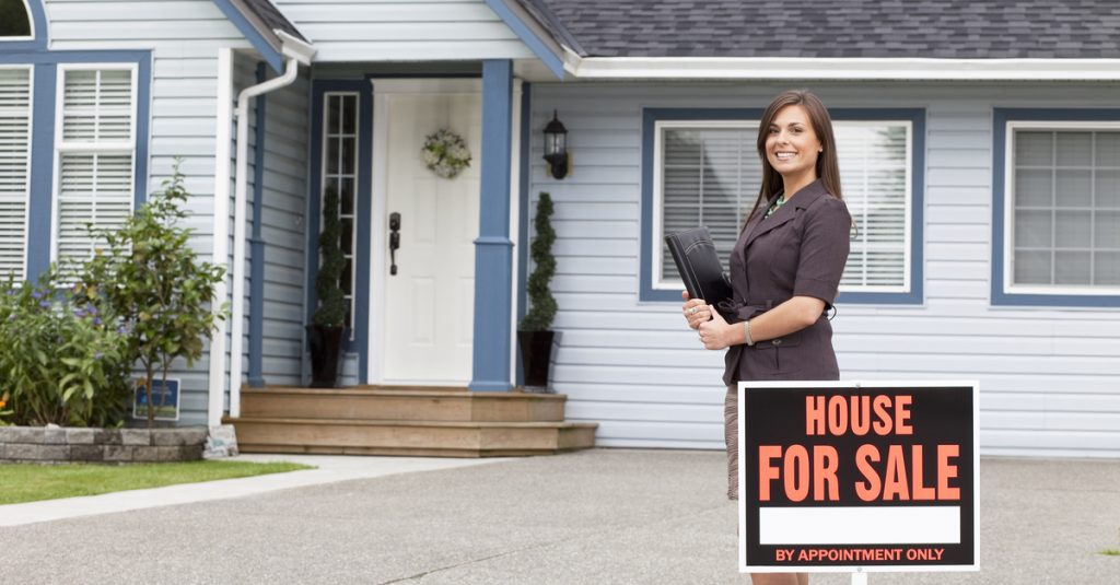 What Real Estate Agents Do Behind the Scenes